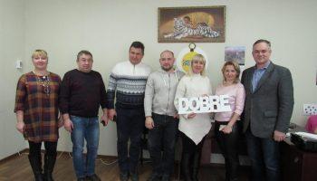 Вчора, у Смолінській селищній раді відбулося засідання робочої групи з місцевого економічного розвитку за участі представників програми DOBRE Олени Радул та Віталія Юрківа.
